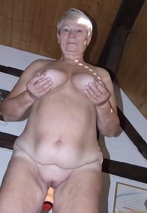 Mature Dildo Porn Pictures