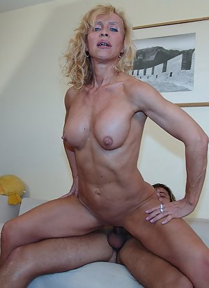 Mature Cowgirl Porn Pictures